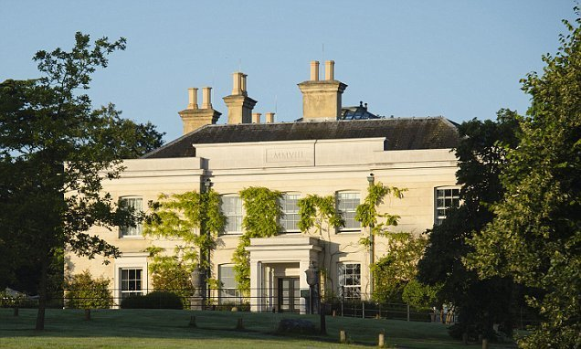 Feel like a star at the luxury Lime Wood Hotel in Hampshire