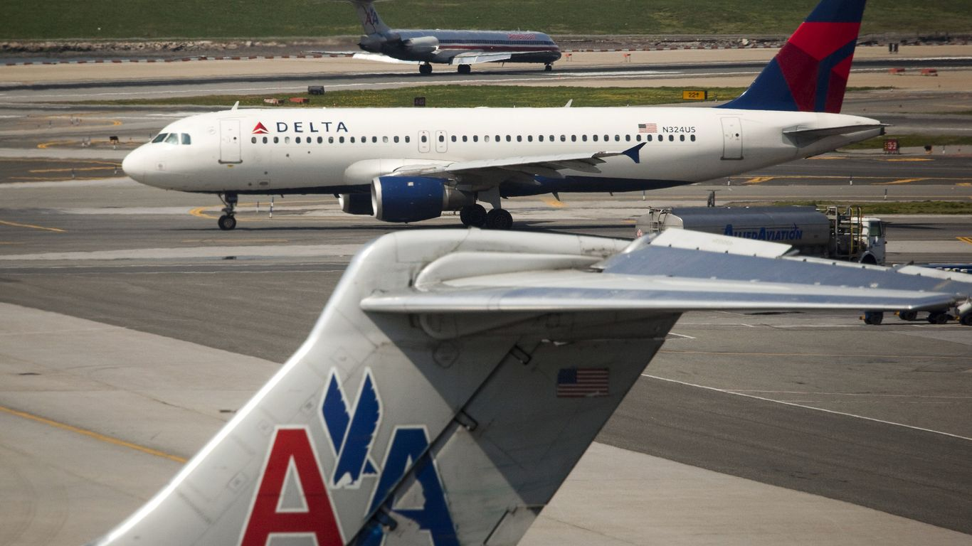 American Airlines Considers Ending Ticket Changes If Congress Limits Fees