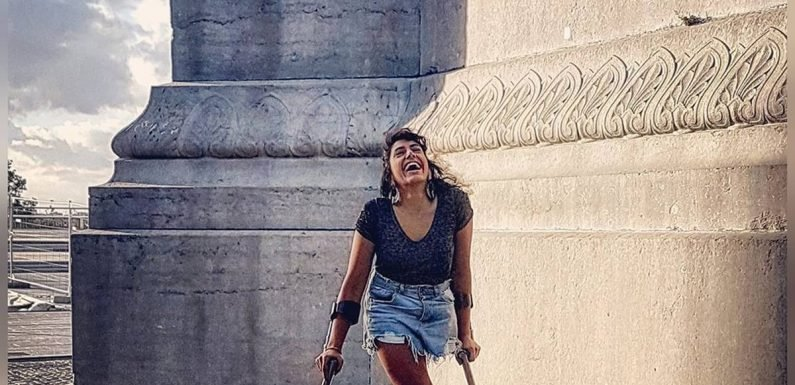 One-legged performer Roya the Destroya refused entry to Paris attractions