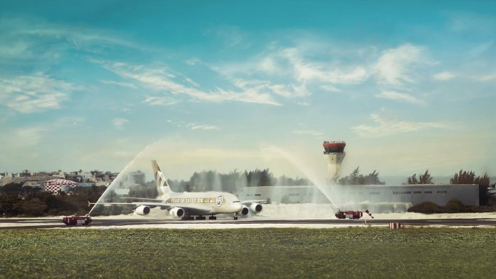 Etihad Airways lands A380 in Maldives to celebrate new Malé runway
