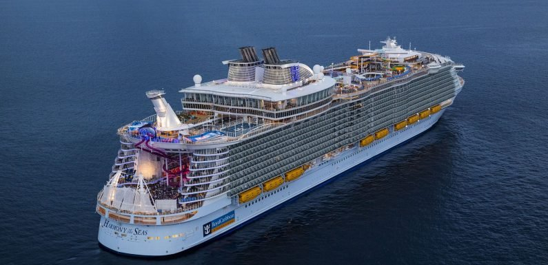 Toddler triggers bottle smash as Symphony of the Seas christened in Miami