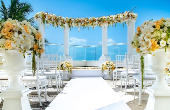 Create the Wedding of Your Dreams at Oasis Hotels & Resorts