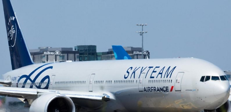 Air France passengers departed for Shanghai but landed in Siberia