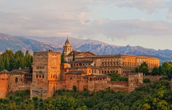 A local's guide to Granada: 10 top tips