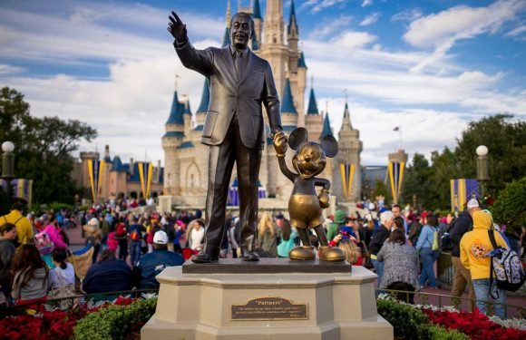 These Are the Best and Worst Times to Go to Disney World in 2019