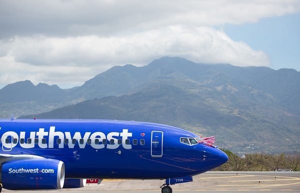 Southwest Paid FAA Inspector $3,150 to Approve Jets During Shutdown