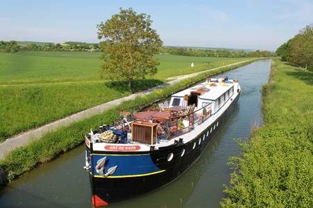 Spring into the new season with European Waterways specials ·