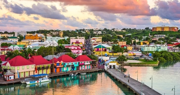 Cruise Ship Passengers Attacked, Robbed in the Caribbean