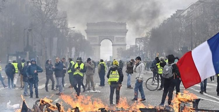 Paris protests: Is it safe to travel to French capital amid Les Gilets Jaunes violence?