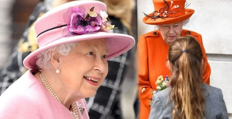 Queen Elizabeth II's secret skill while on royal tours revealed – 'it's the real Queen'