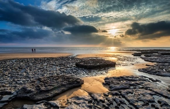 Leave the car at home: see the UK coast without driving