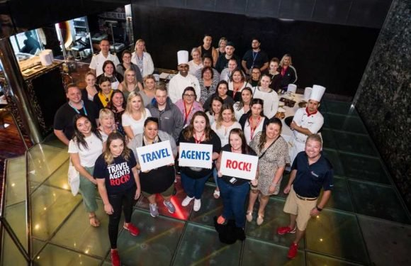 Agents experience a fun size cruise on Carnival Spirit ·