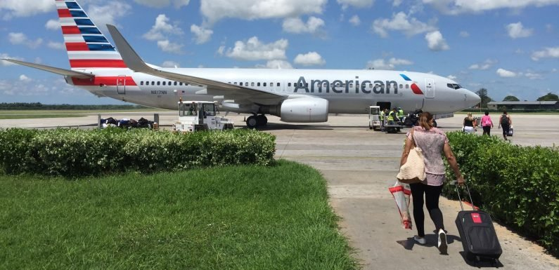 American Airlines flight diverted due to 'electrical fumes' odor in cockpit