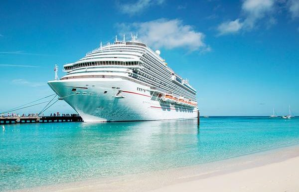 Lawsuit Alleges Cruise Ship Crew Refused to Let Dying Man Disembark
