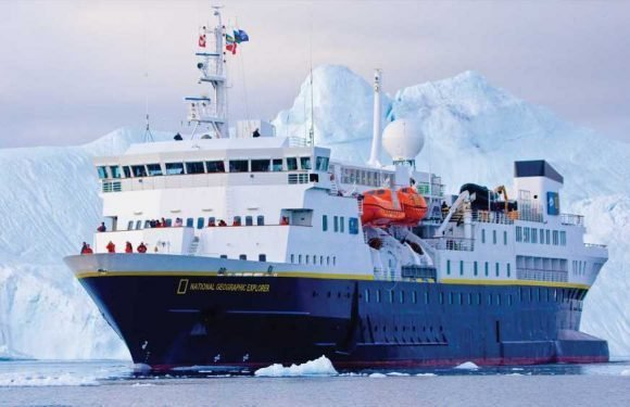 Lindblad cruise pioneer carbon neutral