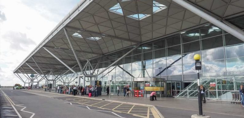 easyJet passengers from Stansted warned of 'check-in chaos'