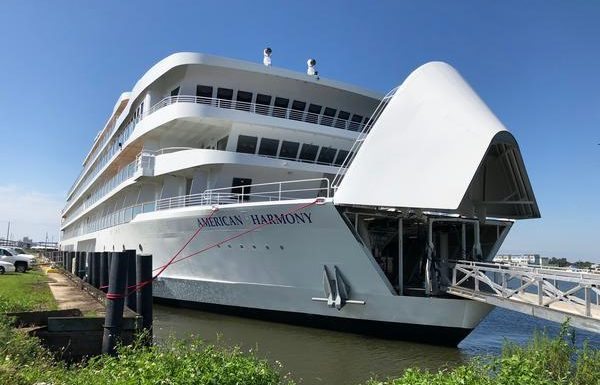 Brand New American Harmony Departs New Orleans on Inaugural Mississippi River Cruise