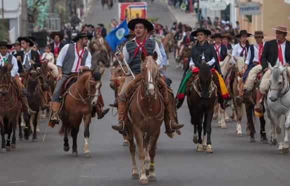 Ragamuffin revolt: a celebration of gaucho traditions in southern Brazil
