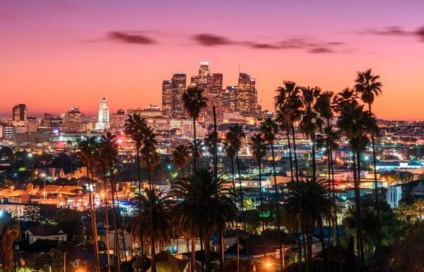 Los Angeles Hotels Now Offering 'Endless Summer' Deals and Discounts