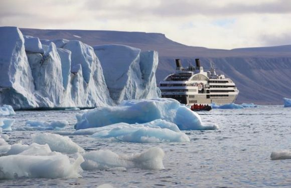 Explore Iceland & Greenland Alongside Adventurer Alex Pancoe on a Luxury Expedition Cruise