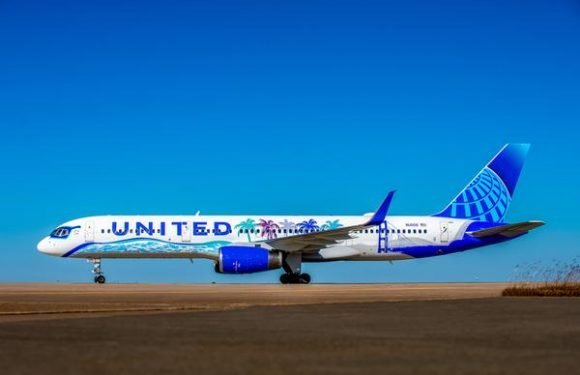 United Airlines Unveils Winner of 'Her Art Here' Competition