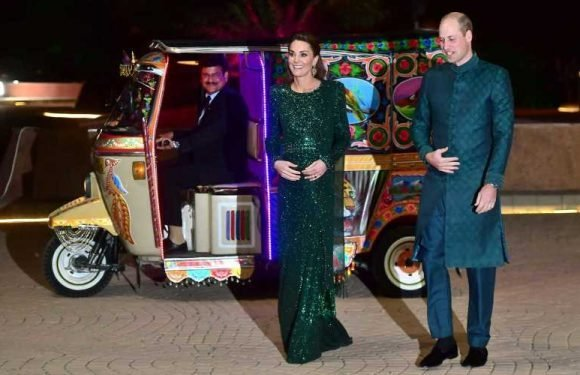 Prince William and Kate Middleton Share a Behind-the-scenes Photo of Their Tour of Pakistan
