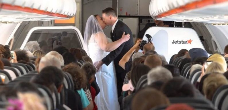 No, you're crying: Couple gets married on Jetstar flight between Australia and New Zealand