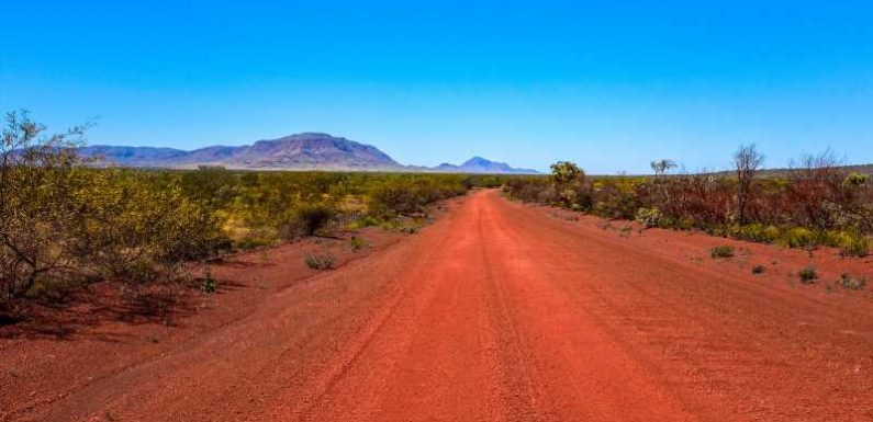 Woman Survives 12 Days in the Australian Outback by Boiling Water, Drinking Vodka Mixers, and Eating Biscuits