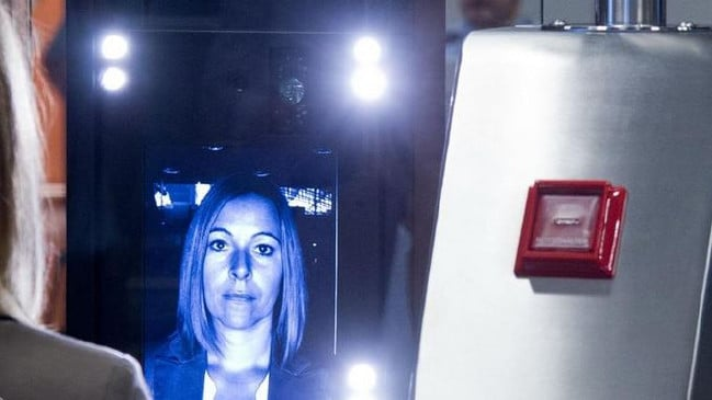 Passengers hesitant about facial recognition technology at airports