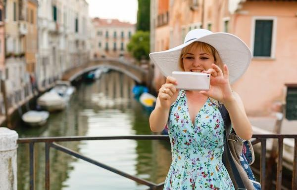 Venice is Monitoring Tourists' Movements Via Their Own Mobile Phones