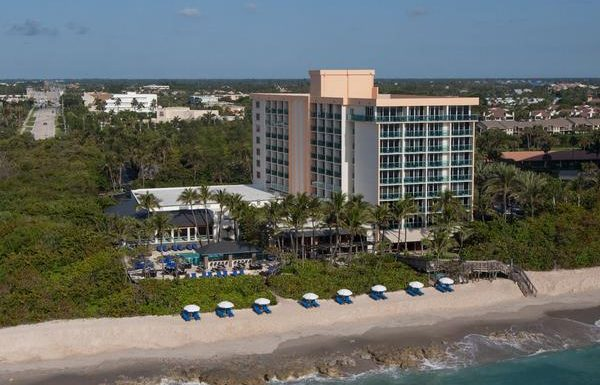 Jupiter Beach Resort & Spa Offers the Only Oceanfront Accommodations in Town