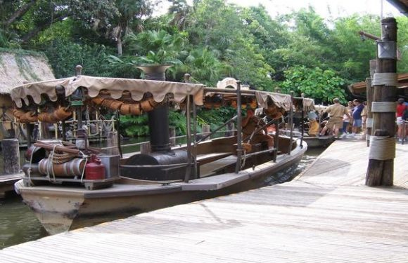 Jungle Cruise Sinks at Disney's Magic Kingdom