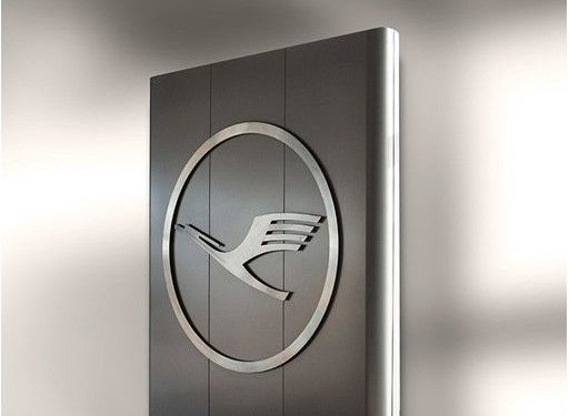 Lufthansa adopts a package of measures ·