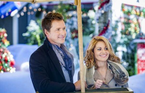 Hallmark's March Christmas Movie Schedule Will Keep Your Social Distancing Jolly