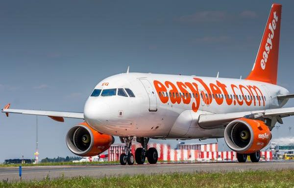 Flight Forced to Turn Around Twice After Multiple Passenger Fights