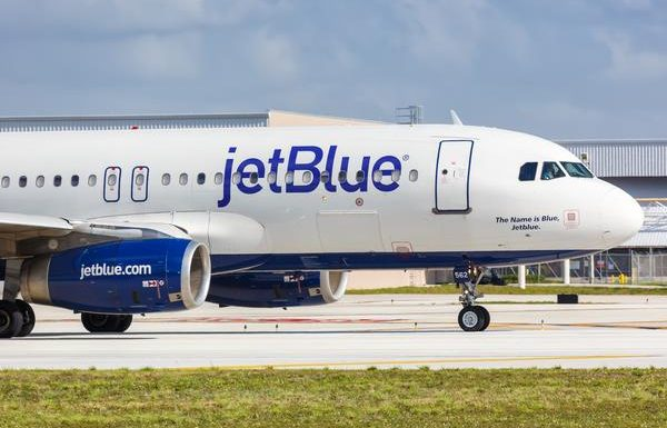 JetBlue: No Middle Seats Until at Least July 6