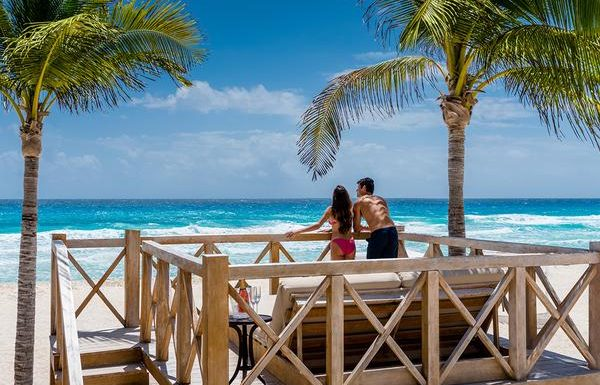 Hyatt Sets Reopening Plan for Caribbean All-Inclusives