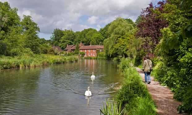 Send a tip on a UK river walk for the chance to win a £200 holiday voucher