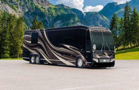 Safely Discover America on a Luxury RV Excursion