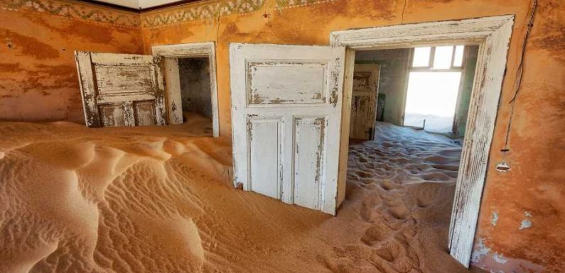 Fascinating ghost towns around the world