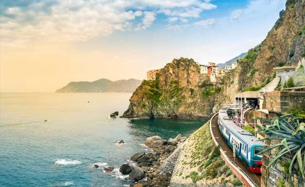How to travel by train across Italy