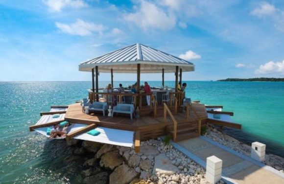 Drinks are on me: A guide to the world's best beach bars