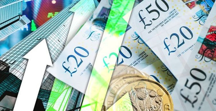 Pound to euro exchange rate: GBP sees third-daily boost – should Britons buy travel money?