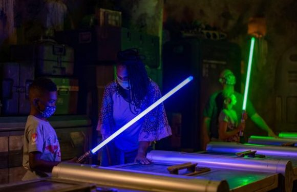 Disney to Reopen Savi's Workshop So Guests Can Build Their Own Lightsaber Once Again