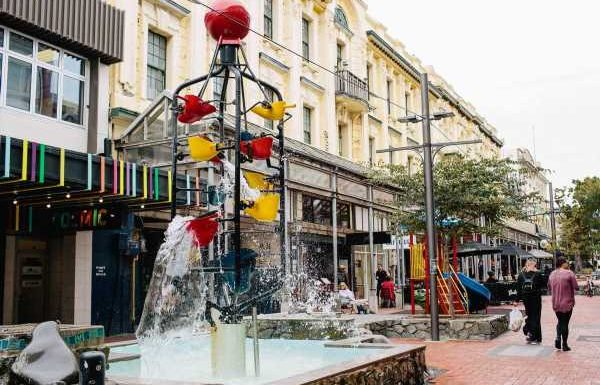 GO NZ: Wellington's famous Bucket Fountain is a must-see