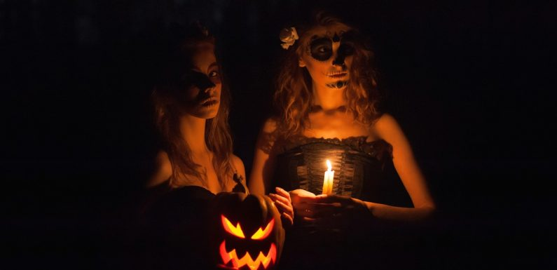The Spiritual Meaning Of The Halloween Blue Full Moon 2020 Is Surprising
