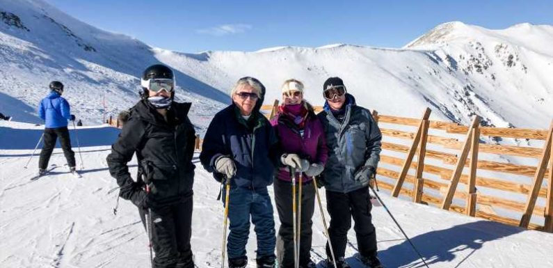8 tips for a successful multigenerational ski trip