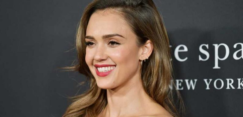 Jessica Alba Uses This Miracle Product to Banish Blisters When Hiking and Walking
