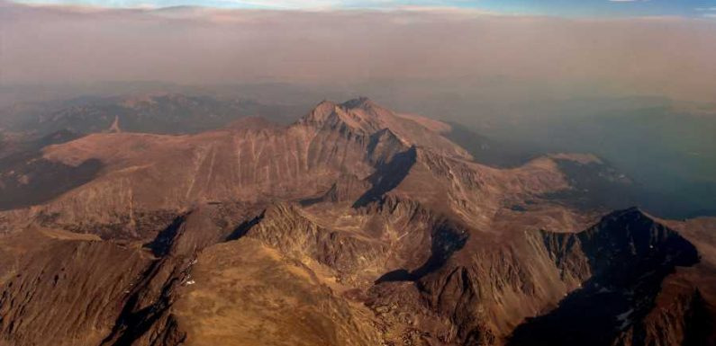 Colorado's Rocky Mountain National Park Remains Closed After Wildfires Burn Thousands of Acres
