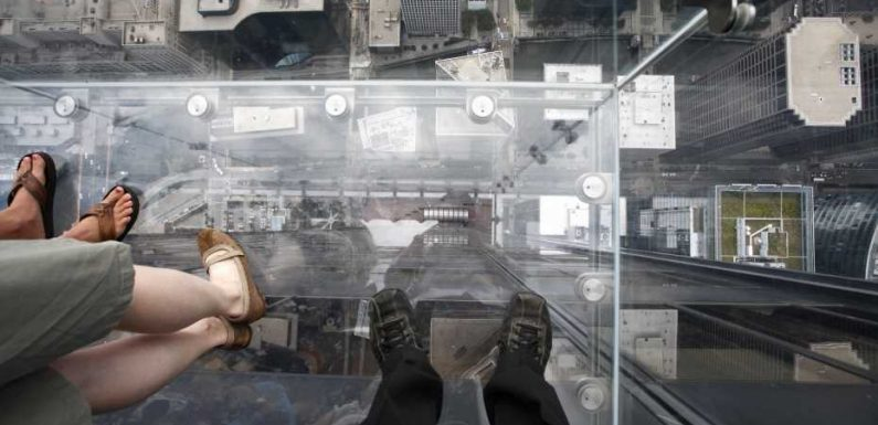 15 terrifying glass platforms with awesome views